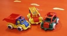 Tysta leksaksbilar på förskolan Myran